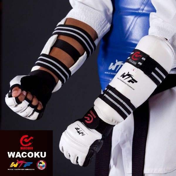 WACOKU - Arm Guards - WT Approved - Medium